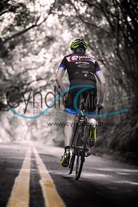 Cycling Old Pali Hwy, Hawaii Sport Nov/Dec 2014 (cover)