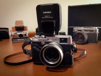 X100 with Yongnuo YN560-TX