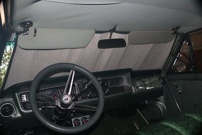 Biquette's heatshield windshield shade