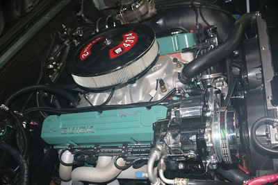 Biquette's engine - starboard after application of Flitz polish