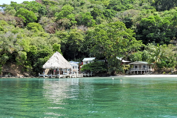 Cayos Cochinos Marine National Park