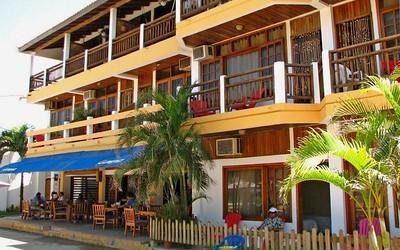 Cesar Mariscos Restaurant - Tela Honduras