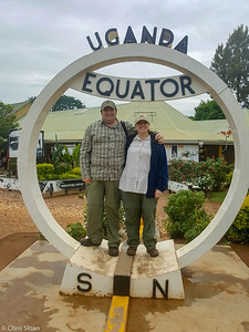 Group photo on the equator, Uganda (11-24-2017) 162-9