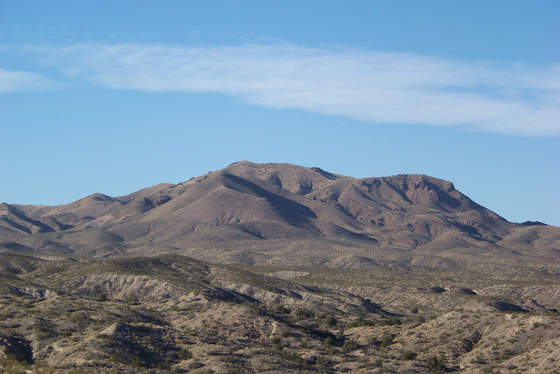 View of the surrounding mountains from the Canyon Trail