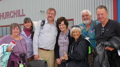 Vickie, Ann, Gordon, Barb, Claudia, Ken & Glen arrive Churchill
