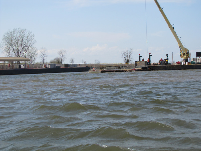 Photo by US Army Corps of Engineers - Rivers Project Office