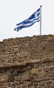 10.5.2011 Lesvos, Greece  Etsi pöllö muurilta!
