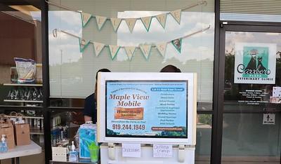 Free ice cream courtesy of Maple View