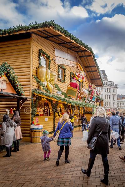 Christmas Market in Victoria Square.