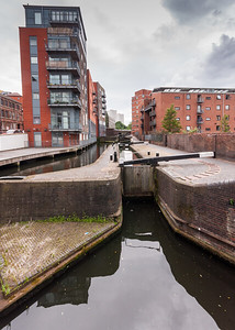 Locks on the Birmingham and Fazeley Canal