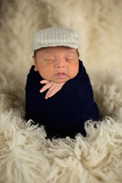 Benjamin_Newborn_May2016 001