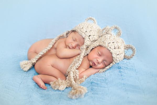 Twins-5