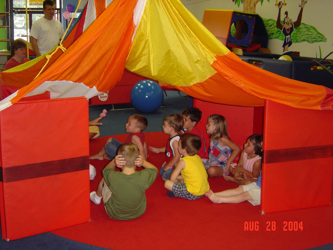 Kids_under_the_tent_Nat's_party_08-28-04