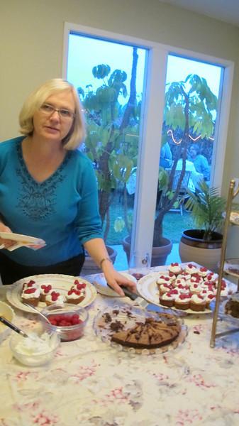 Elaine's Flourless Chocolate Cake