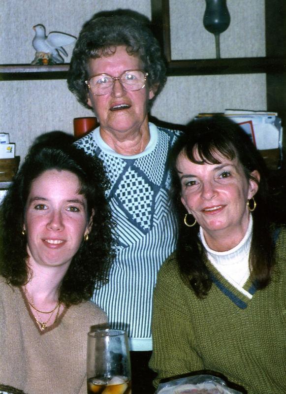 1997 11 - Michele Fagan Thanksgiving 01