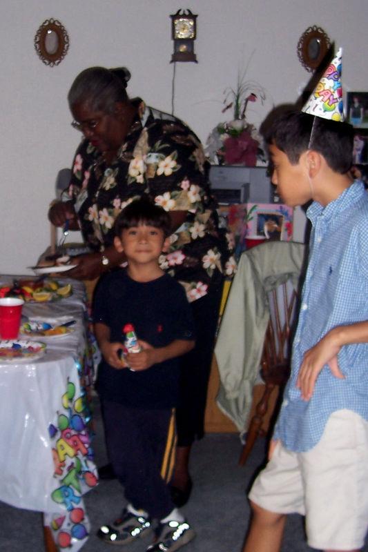 2005 11 20 - Michele's Birthday 036