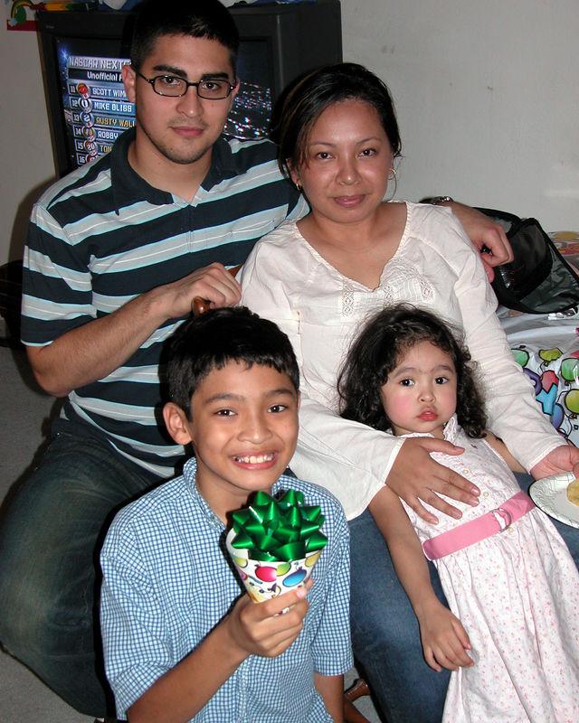 2005 11 20 - Michele's Birthday 035