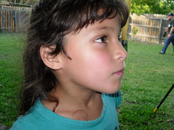 This was the red spot on Lexy's cheek after Uncle Dave throw the frisbee into her face!...lol