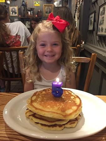 Avery's 5th Birthday - Lake Lanier (7/5/2017)
