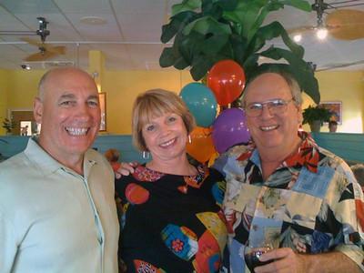 Joe, Helen & Gerald (in my favorite shirt!)