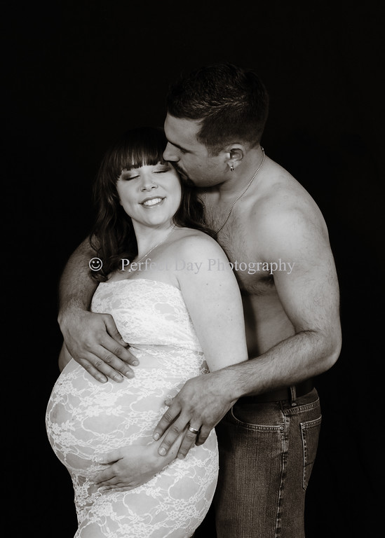 Sammy and Mark's Maternity Session