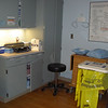 09/09 - labor room has room to work