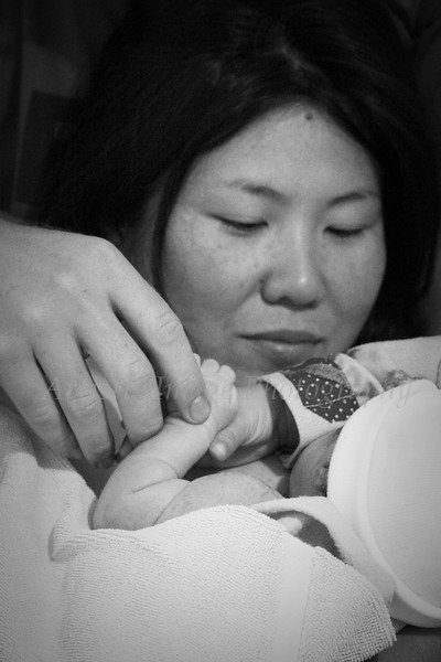 The arrival of Japhy (birth photography example)
