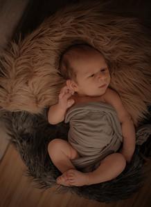 Danielle _ Newborn  (6)