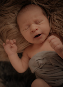 Danielle _ Newborn  (8)