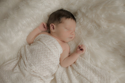 Newborn Photos_ Riley (2)