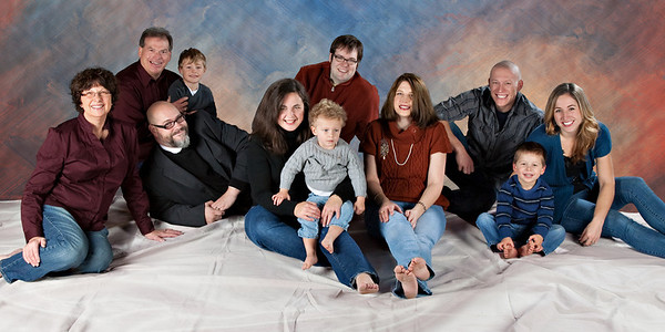 FAMILY  &  Single PORTRAITS