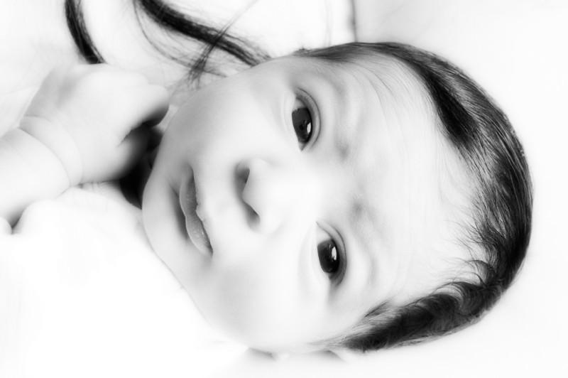 _MAW9756 black and white soft