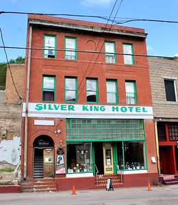 Silver King Hotel (2019)