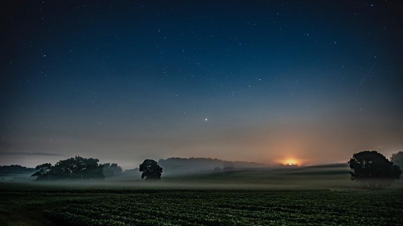 Moon Set Morning