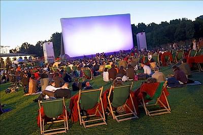 http://drprem.com/travel/eight-enjoyable-outdoor-cinemas-around-world