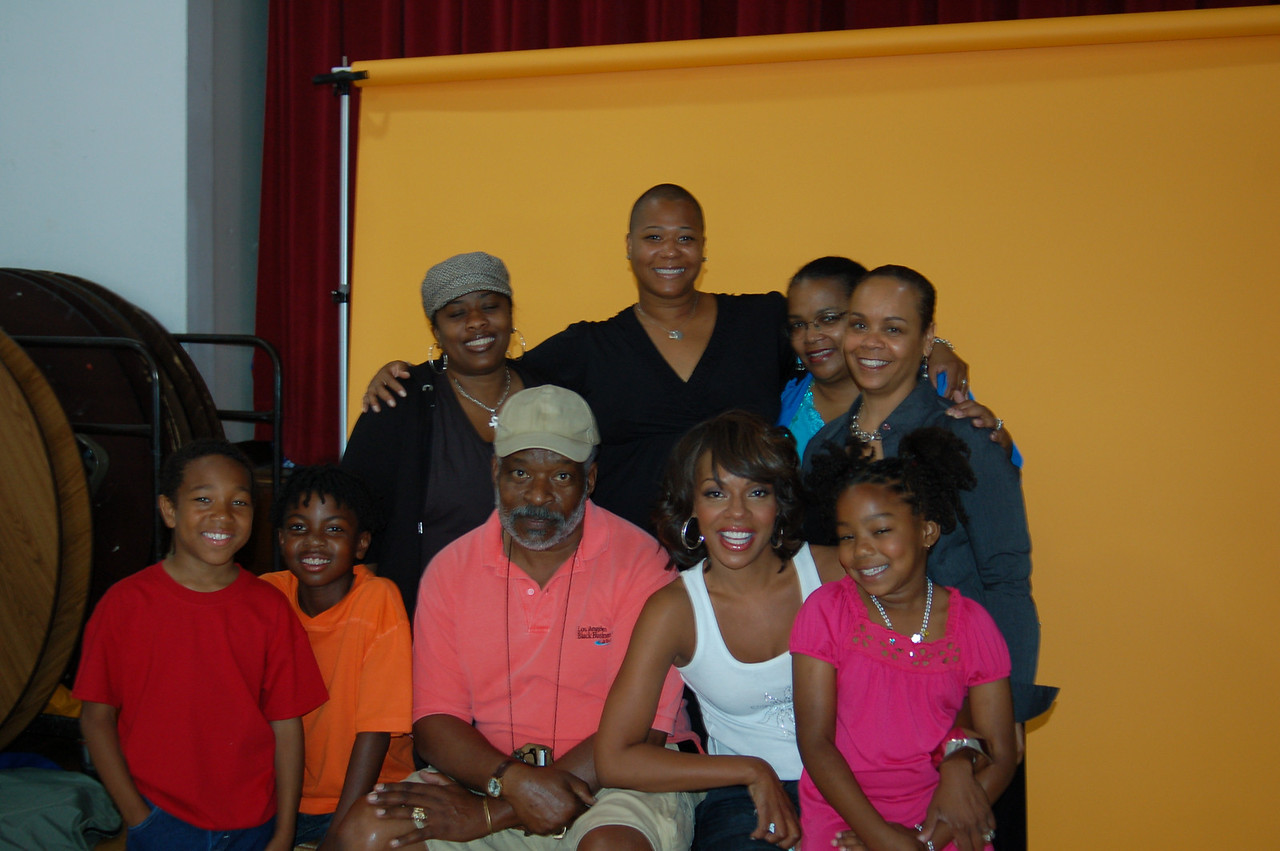 This is the cast and crew:<br /> <br /> From left (clockwise):  Tristen, Matthew, Aishah, Mecca, Isidra Person-Lynn (me!) Rene Cross Washington, K'La, Wendy Raquel Robinson and Harold Hambrick, Center.<br />  He is the Expo president.<br /> <br /> Photo by Isidra Person-Lynn Photo © 2008 Isidra Person-Lynn