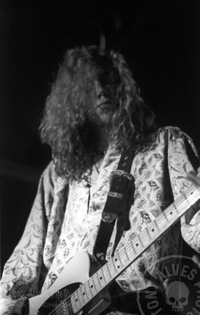 Black-Crowes-1990-11-04-BW_04