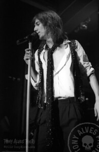 Black-Crowes-1990-11-04-BW_14