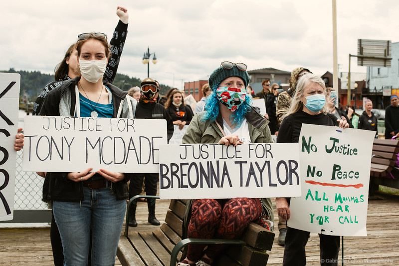BLM-Protests-coos-bay-6-7-Colton-Photography-125.jpg