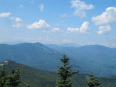 Looking NNW to the Osceolas, with the Franconias on the L and Bond Range to the R.