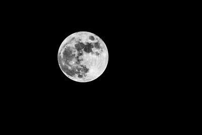 Full Moon (BW)