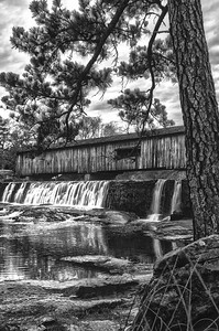 Watson Mill Covered Bridge (BW)
