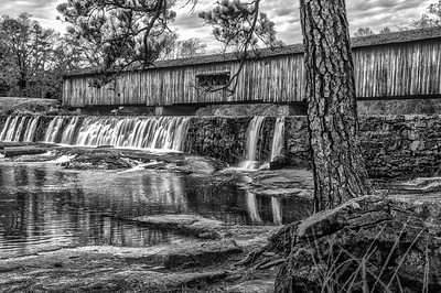 Watgson Mill Covered Bridge Horizontal (BW)