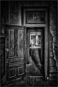 Portal No  1 BW