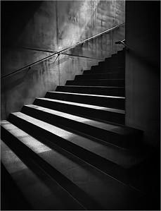 Musee de l'Orangerie Stairs c1