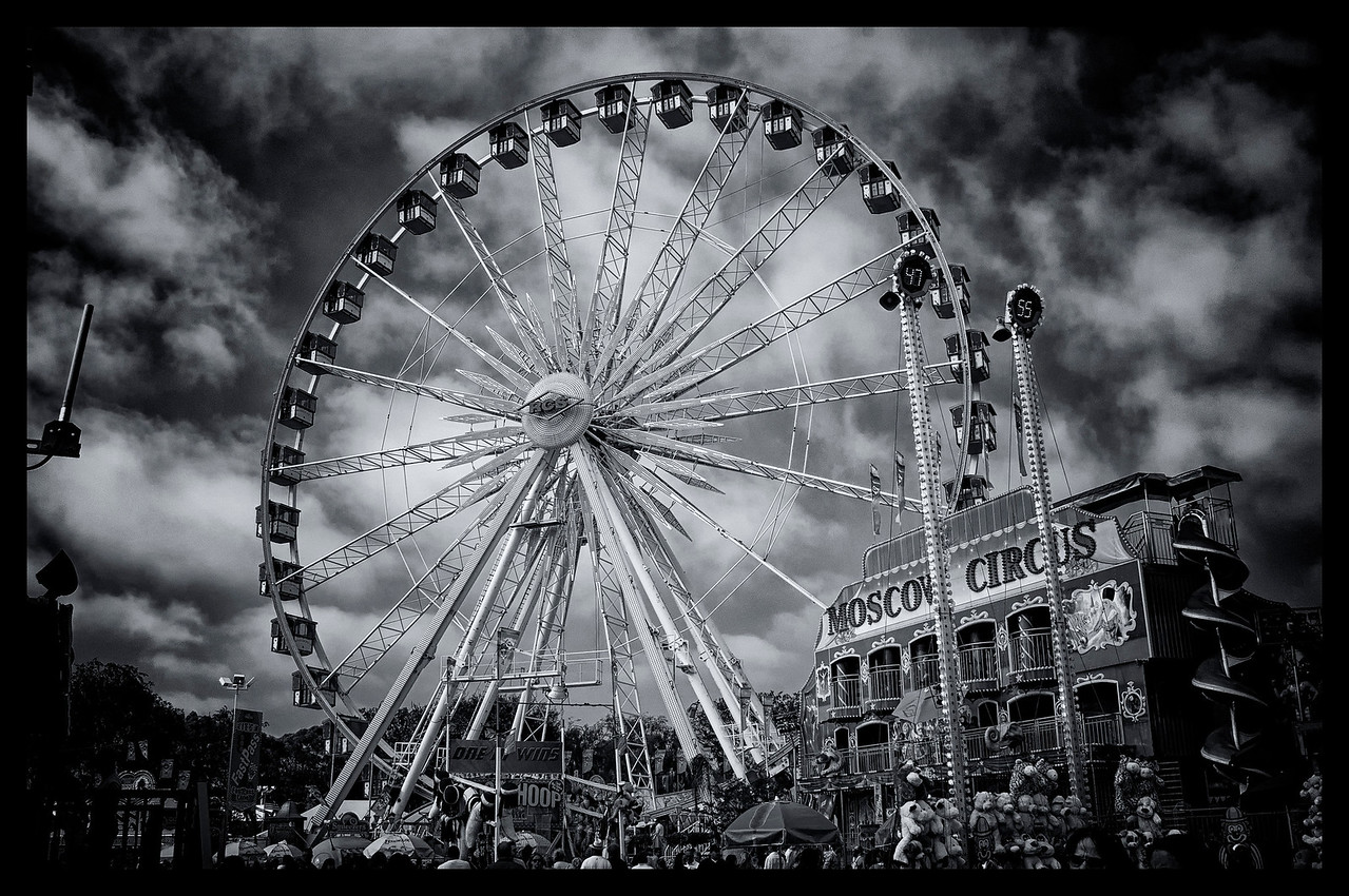 Ferris wheel - county fair