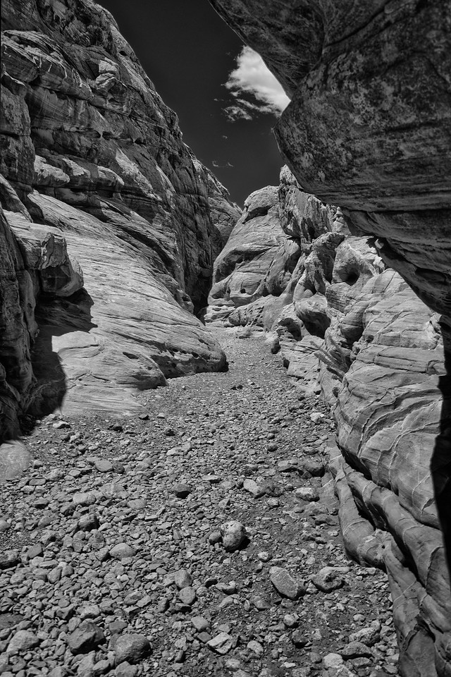 Slot Canyon entrance B & W