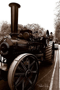 Steam engine in the streets of London