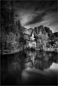 Yosemite Falls BW