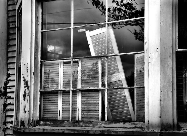 Old Window BW4